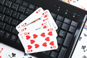 Data Online Poker